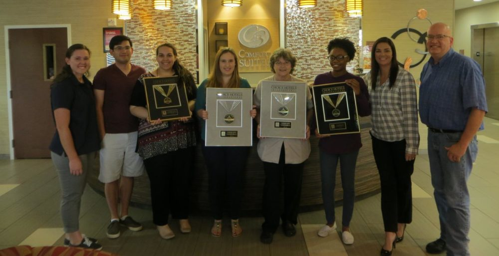 Comfort Suites Hotel In Natchitoches Louisiana Wins Prestigious 2016 Gold Hospitality Award From Choice Hotels International